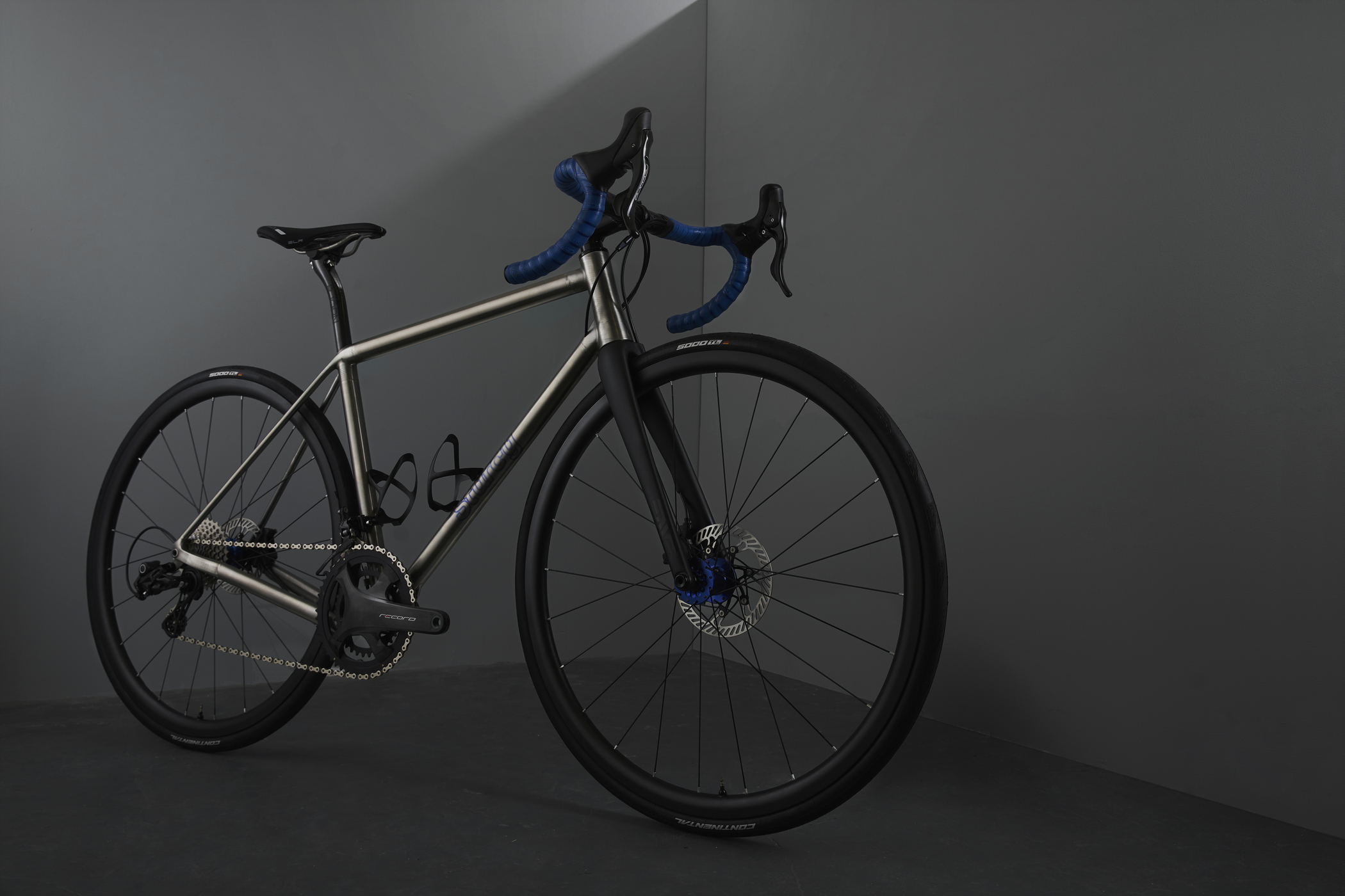 Sturdy Cycles titanium bike 3d printed studio photograph