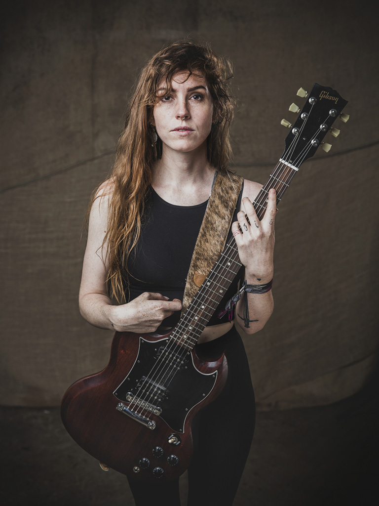 Emma Ruth Rundle photo