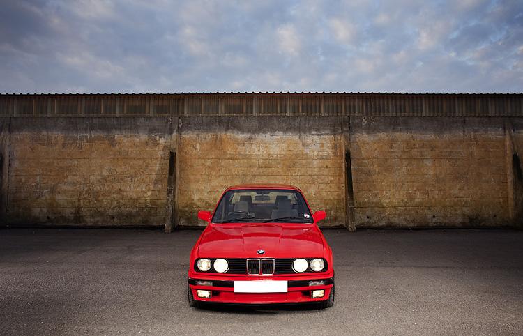 BMW E30 / AdamGasson.com