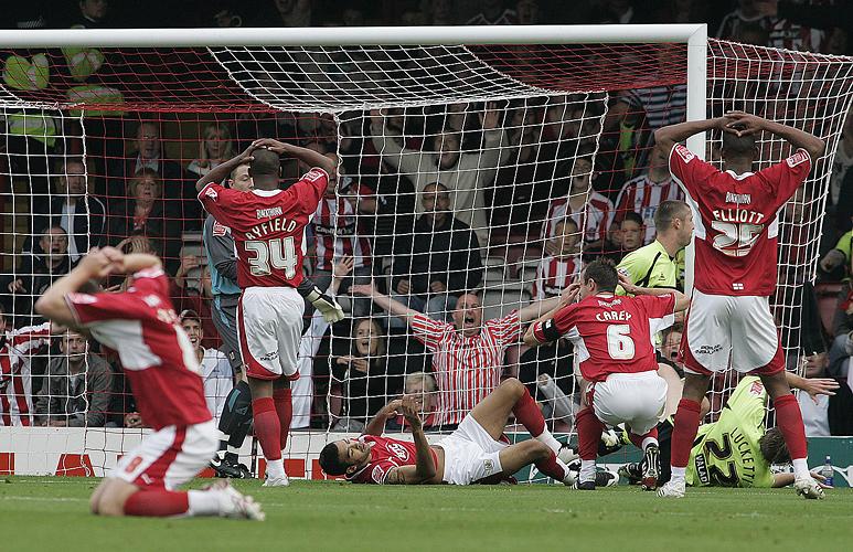 Bristol City v Sheffield United by Adam Gasson / SWNS.com