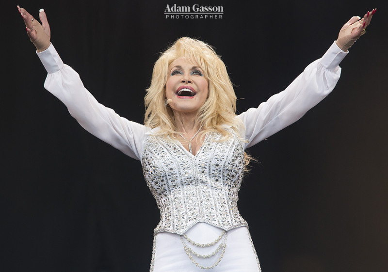 Dolly Parton performs at Glastonbury Festival 2014. Photo by Adam Gasson / adamgasson.com
