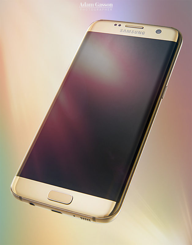 Samsung S6 Edge photographed for T3. © Adam Gasson / T3 / Future Publishing
